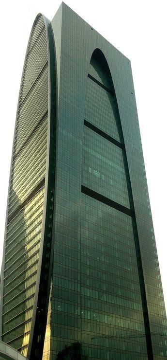 Башня Империя